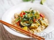 Бързо вегетарианско (веган) къри с патладжан, тиквичка, гъби и кокосово мляко